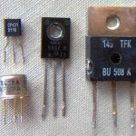 800px-Electronic_component_transistors