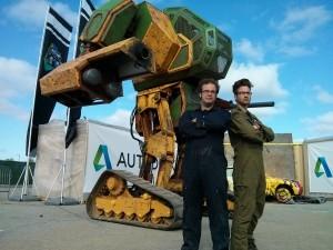 Megabots 'Dev Dövüş Robotu!