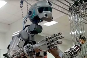 Rusyanın insansız Savaş Robotları